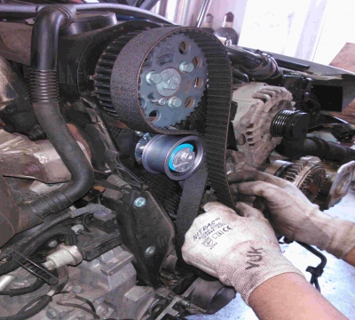 Timing belt replacement on a car engine